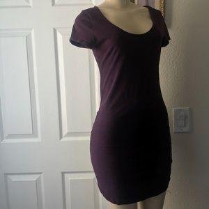 H&M : Basic Short Sleeve Crew Neck Mini Dress.MED.